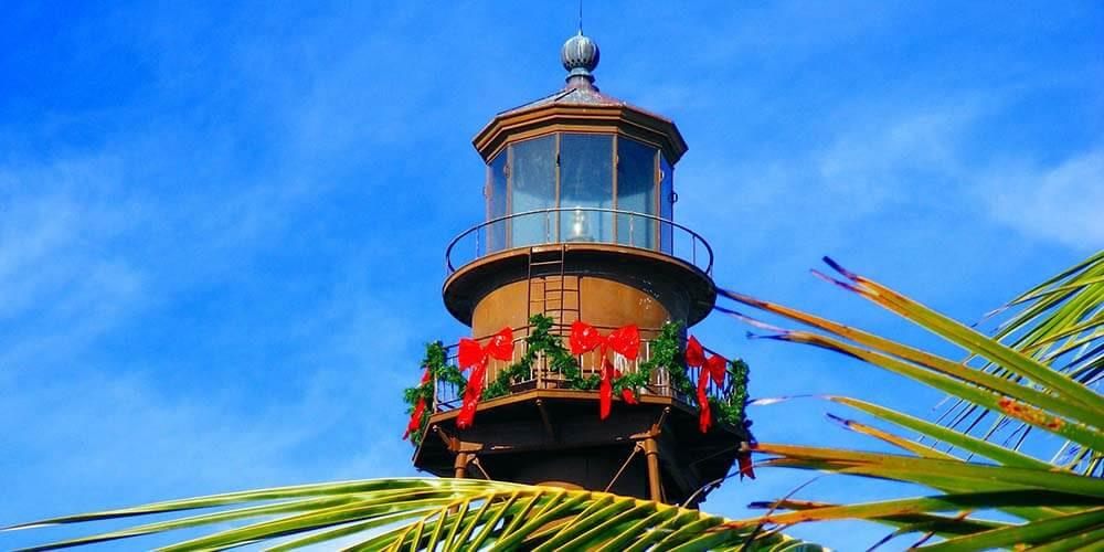 Lighthouse on Sanibel Island Florida, road trip Miami to Tampa